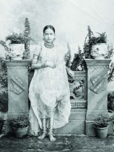 khada old